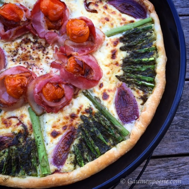 Frühlingspizza mit Spargel und Blätterteig 2