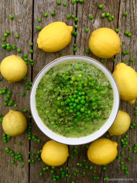 Salatsuppe mit Erbsen und Zitrone 1