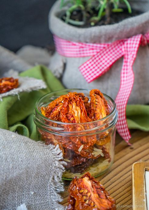 Eingelegte getrocknete Tomaten - Pomodori secchi sott'olio 2
