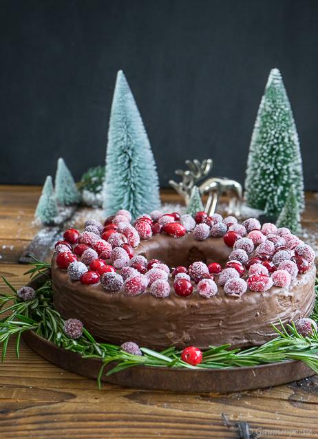 Schokoladen-Portwein-Kuchen mit sparkling Cranberries