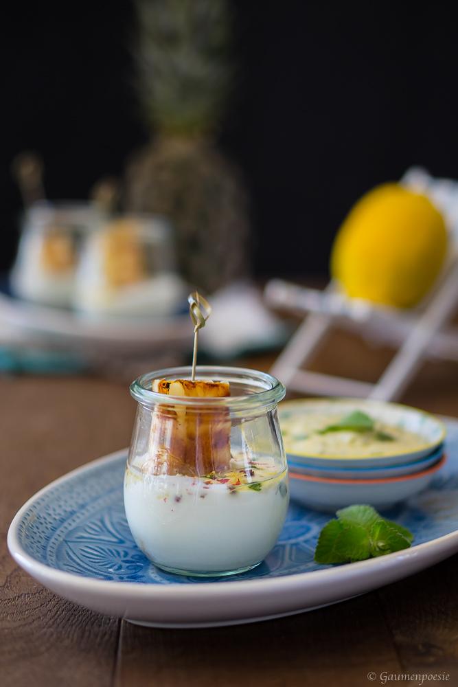 Gegrillte Ananas mit Pesto und Joghurt 4