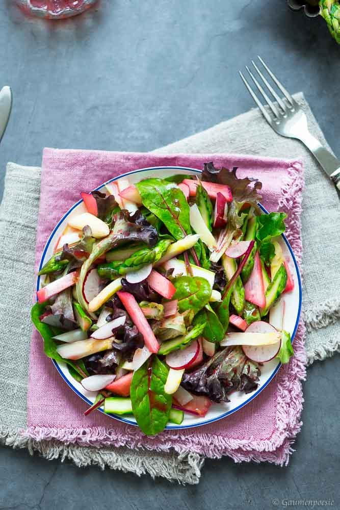 Sommerlicher Rhabarber-Spargel-Salat 4