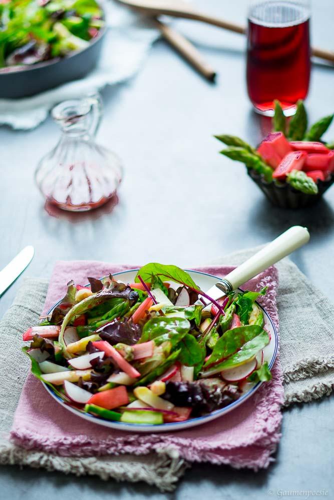 Sommerlicher Rhabarber-Spargel-Salat 2