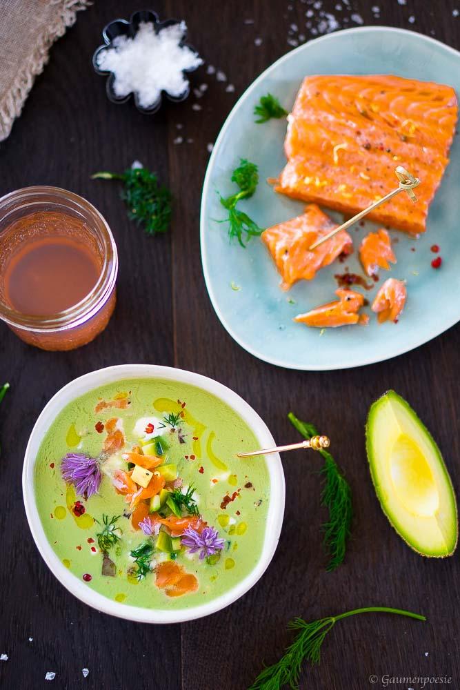 Gurken-Avocado-Kaltschale mit Lachs-Topping 3